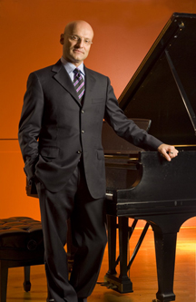 Robert Koenig, Pianist